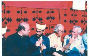nga e majta Dr.Don Lush Gjergji,Myderriz Idriz Kosova,Prof.Anton Çetta dhe Akademik Mark Krasniçi